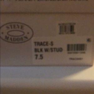 Size 7.5 Steve Madden mulls